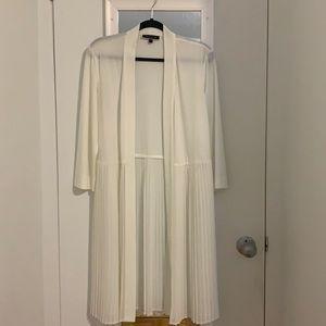 White pleated kimono